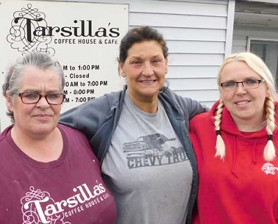 From left, Karrie Heydt, Mary Morrison and Karrie�s daughter Kayla, of Tarsilla�s.